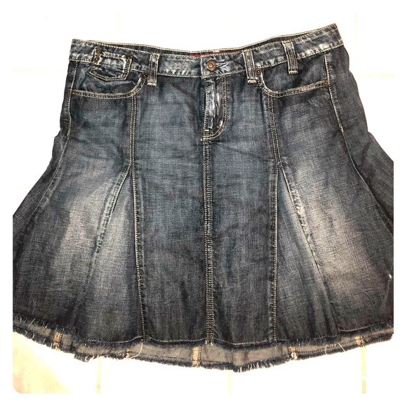 order shop for genuine good looking Light and dark flare, denim, Guess jean skirt